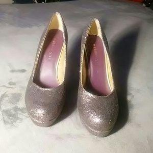 "Madden Girl Shoes - MADDEN GIRL ""ATONEE""  GLITTER HEELS-SIZE 8 1/2"